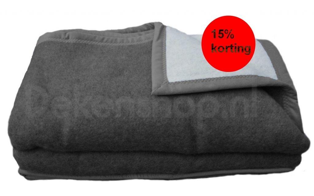 Luxery scheerwollen deken antraciet 500 gram 240x260