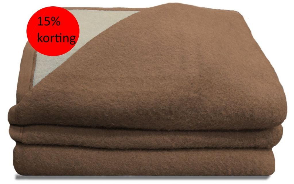 Luxery scheerwollen deken beige 600 gram 240X260