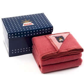 Sole Mio scheerwollen deken rood-rose
